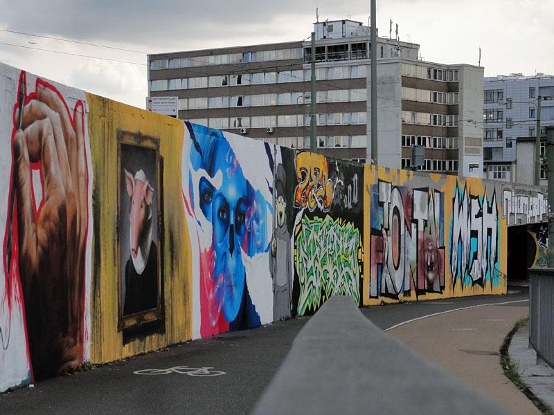 Graffiti in Frankfurt: 20years94 - Riederhöfe Hall Of Fame