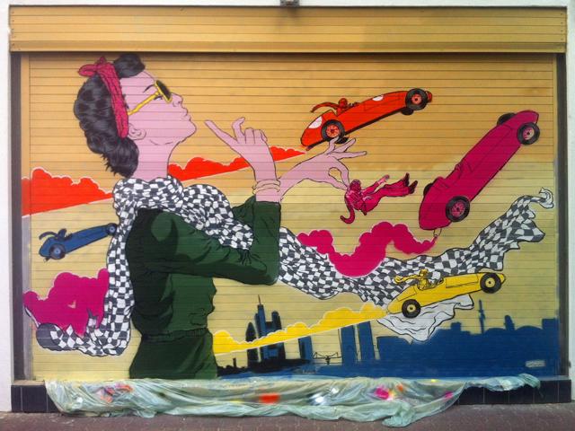 """Foto der Malereien bei """"Mancini"""" auf der Berger Straße, vor der Ladeneröffnung"""