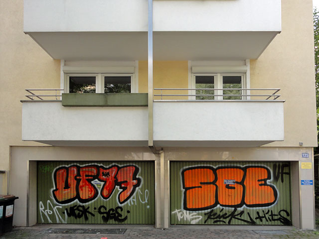 Shutter Art & Garage Door Graffiti in Frankfurt - UF97, SGE