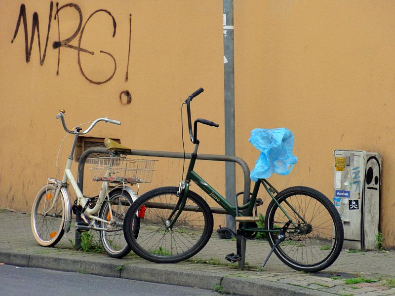 street-art-frankfurt-spot-cityghost-slimghost