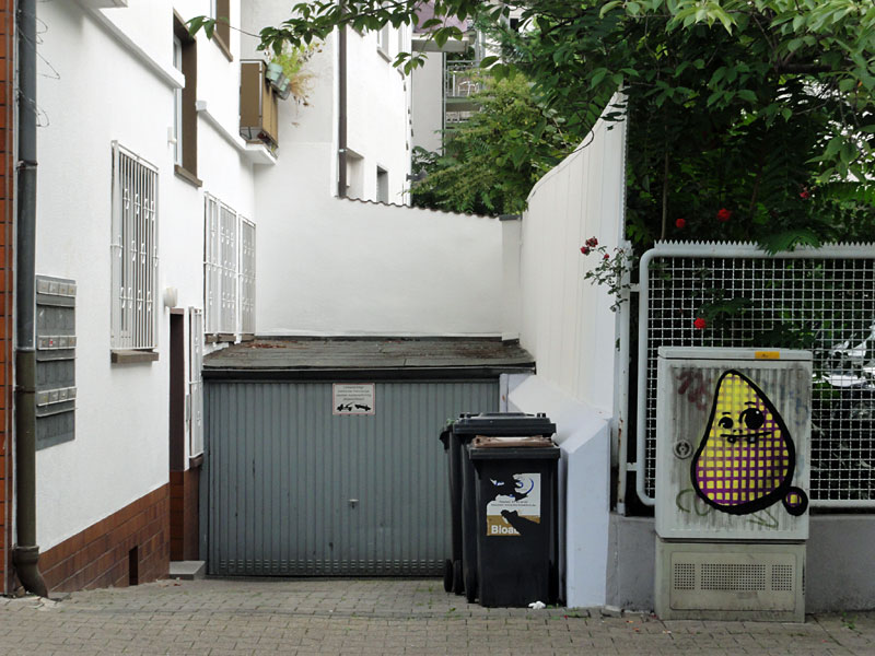 street-art-frankfurtspot-cityghost-gitter