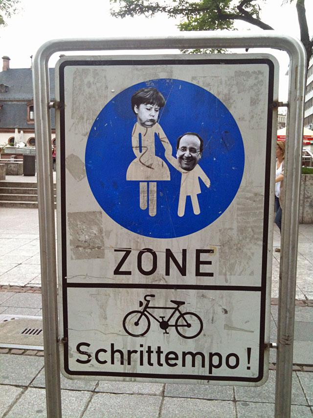 Mutti aus der Zone und ihr Westpaket.