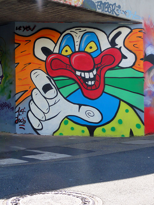 GRAFFITI IN FRANKFURT - HALL OF FAME RATSWEGKREISEL - AUGUST 2014 - CLOWN