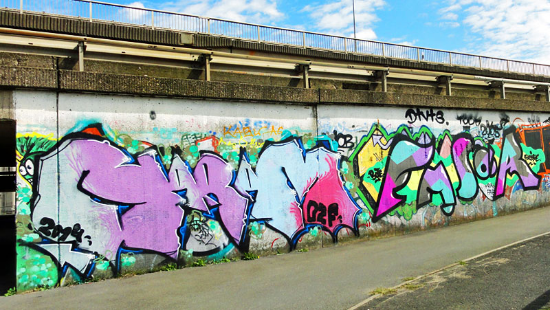 HALL-OF-FAME-RATSWEG-FRANKFURT-GRAFFITI-08-2014-HARAM-(-)-EMSOR-(-)