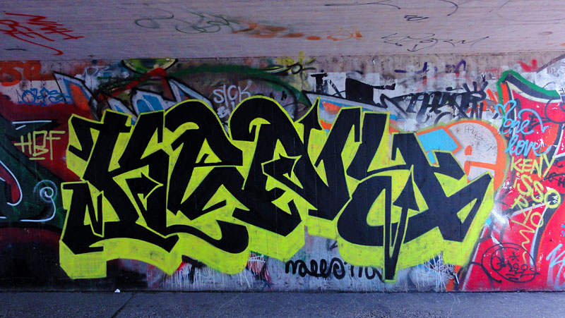GRAFFITI IN FRANKFURT - HALL OF FAME RATSWEGKREISEL - AUGUST 2014 - KENY