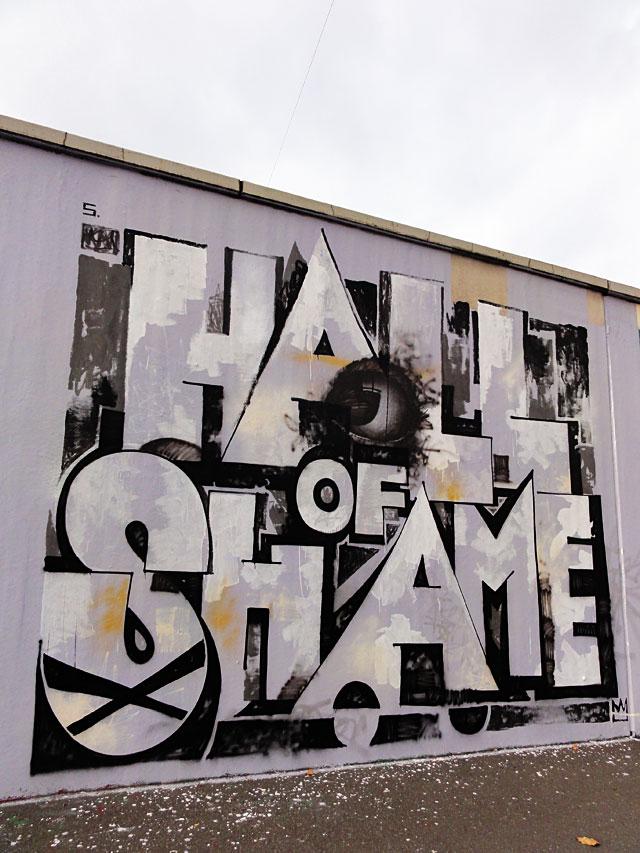 GRAFFITI IN FRANKFURT – HALL OF FAME RATSWEGKREISEL - SARTREAL