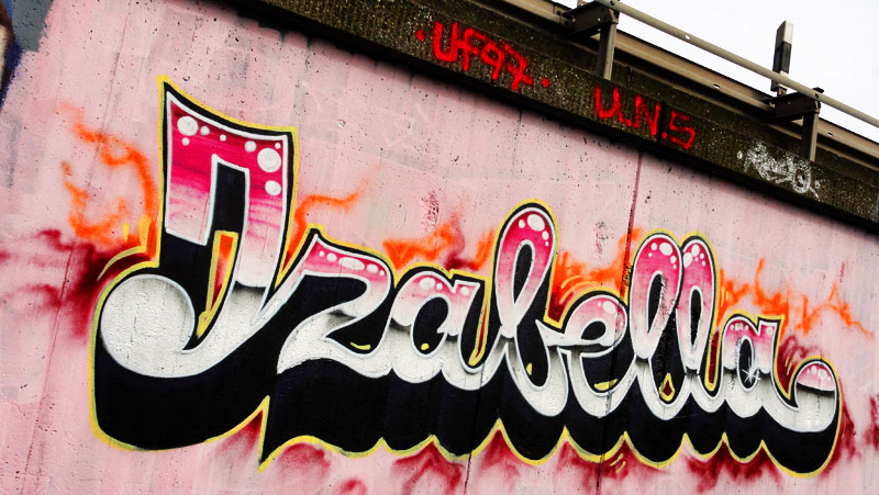 GRAFFITI IN FRANKFURT – HALL OF FAME RATSWEGKREISEL - IZABELLA