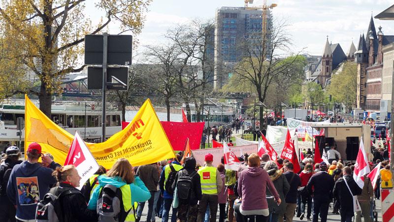 Haende-weg-vom-Streikrecht-Demo-Foto-2