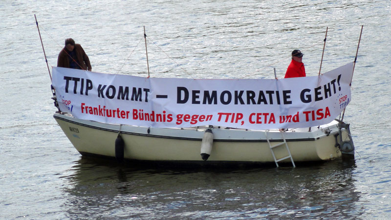 No-TTIP-Demo-in-Frankfurt-Foto-2