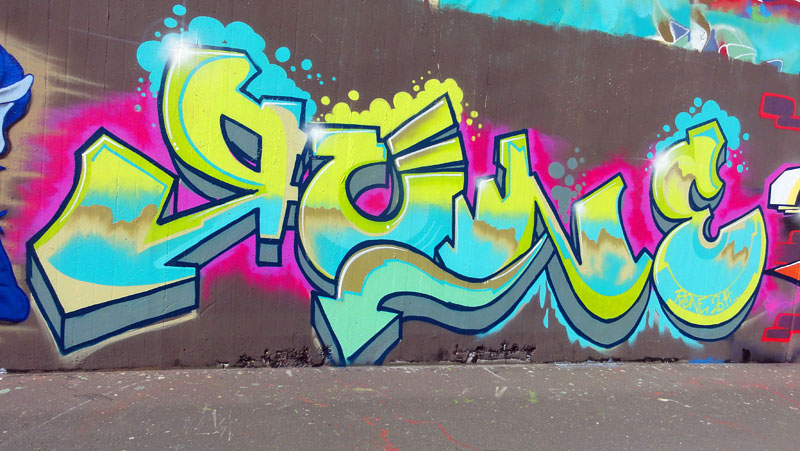 frankfurt-graffiti-hall-of-fame-ratswegkreisel-2015-foto-006