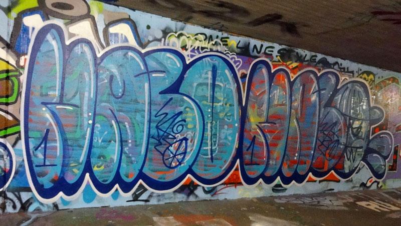 frankfurt-graffiti-hall-of-fame-ratswegkreisel-2015-hazo-hazo
