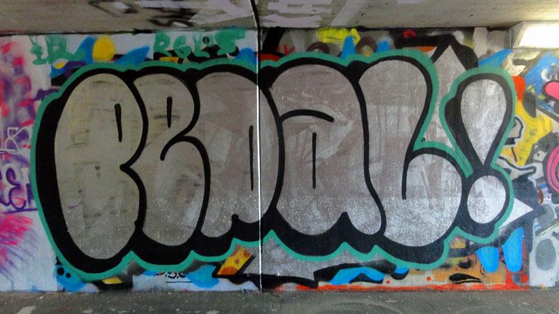 frankfurt-graffiti-hall-of-fame-ratswegkreisel-2015-pedal