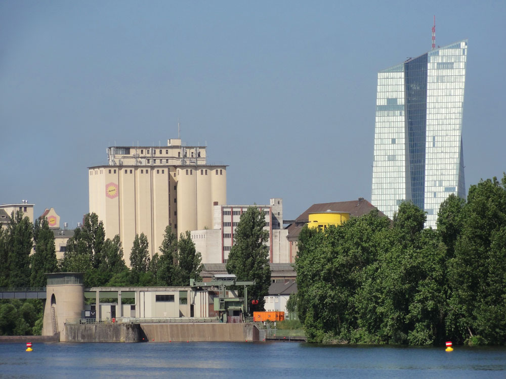 Altes-und-neues-Ostend