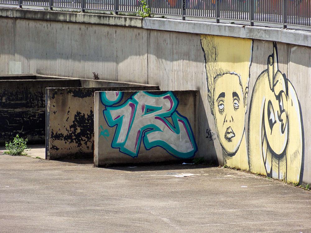 5stars-atomik-streetart-frankfurt-2