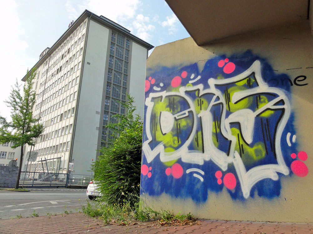 DNS- Graffiti im Ostend