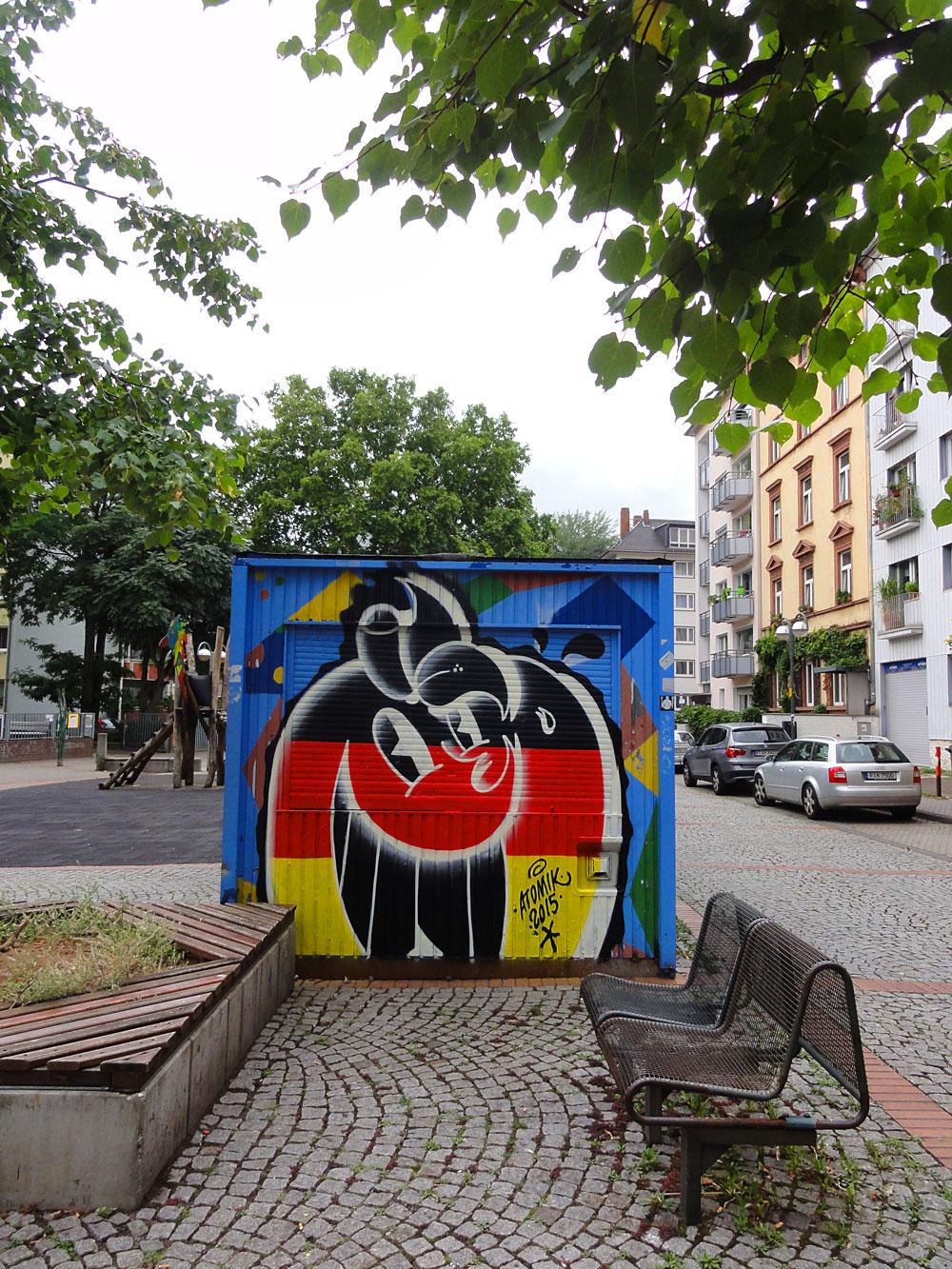 atomik-frankfurt-streetart
