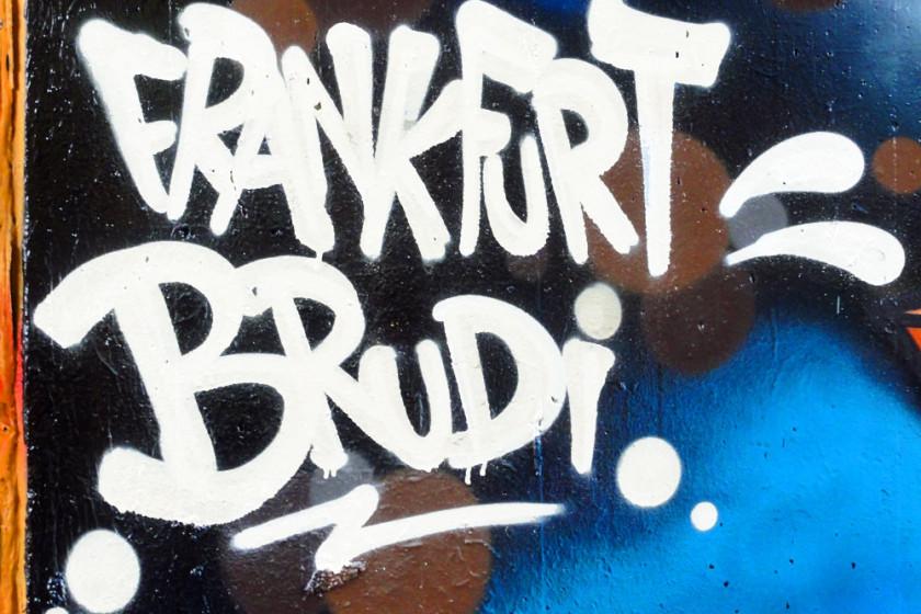 frankfurt-brudi-graffiti