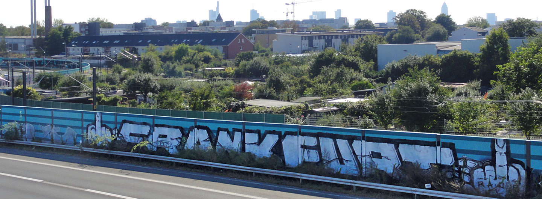 frankfurt-mittelfinger-graffiti
