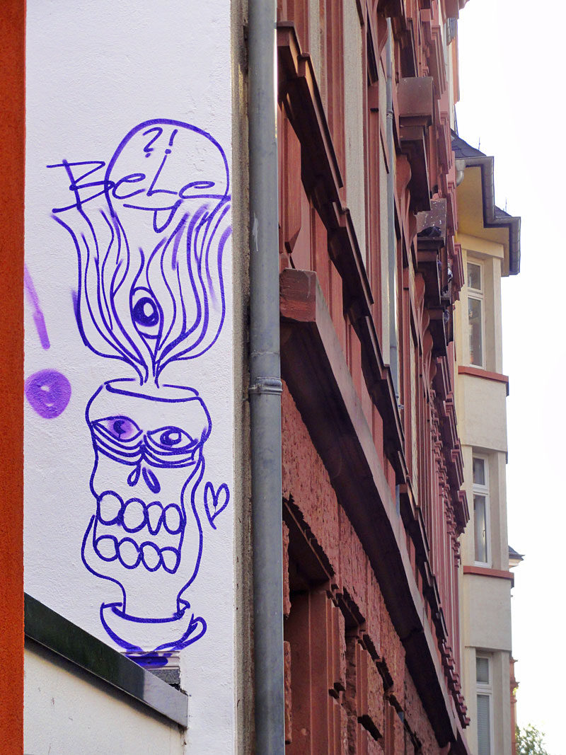 Streetart im Frankfurter Nordend ist Bele offenbar zu Kopf gestiegen.