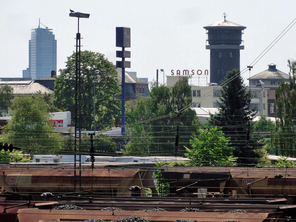 Ostend im Vordergrund, Offenbach im Hintergrund