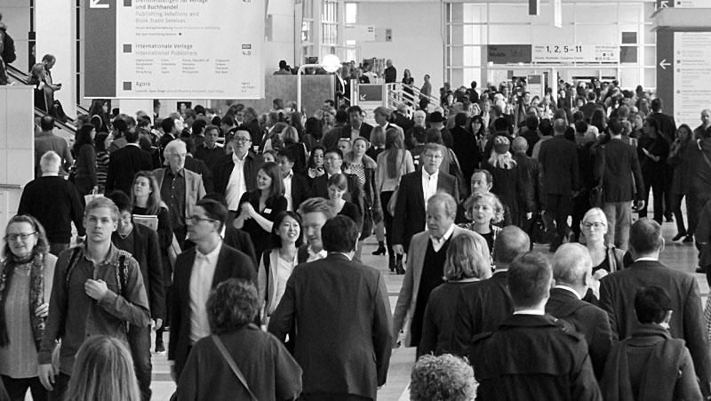 Nicht nur Bücher, sondern auch Menschen waren zu Hauf auf der Frankfurter Buchmesse anzutreffen