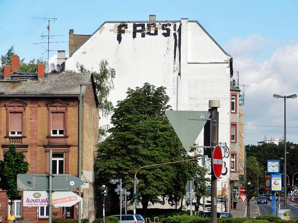 frankfurt-graffiti-rooftop-foto-fabs