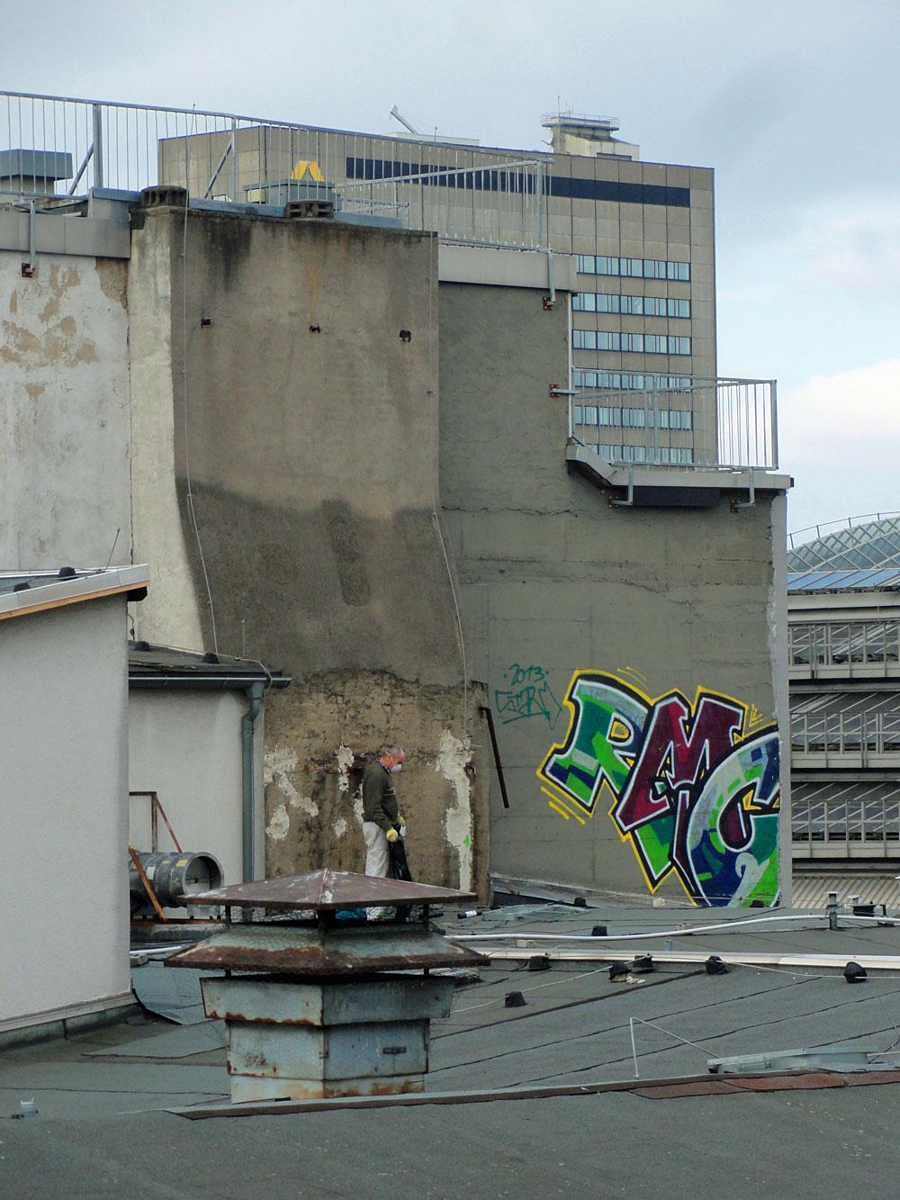 frankfurt-graffiti-rooftop-foto-rmc