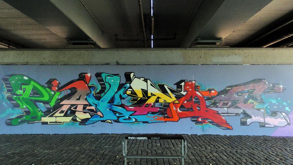 Freiluftgalerie Friedensbrücke – JENS SHOSHIN, PAKT, TOE