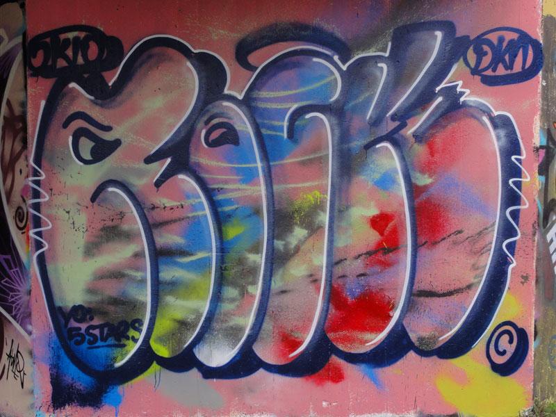 rock-graffiti-hall-of-fame-frankfurt