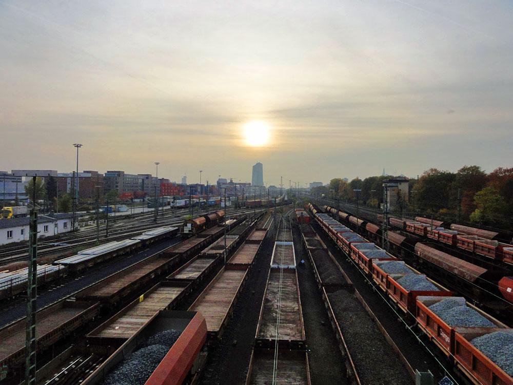 Güterumschlagbahnhof der Deutschen Bahn in Frankfurt