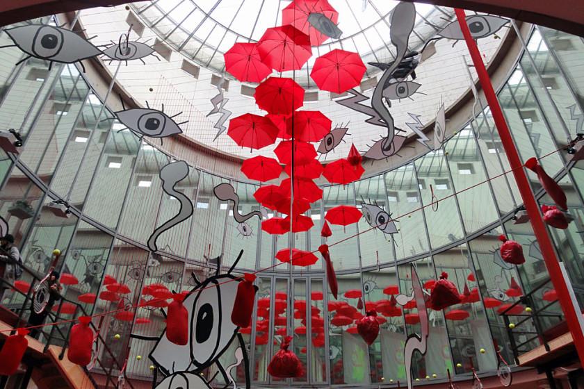 Kunst in der Rotunde der Kunsthalle Schirn in Frankfurt