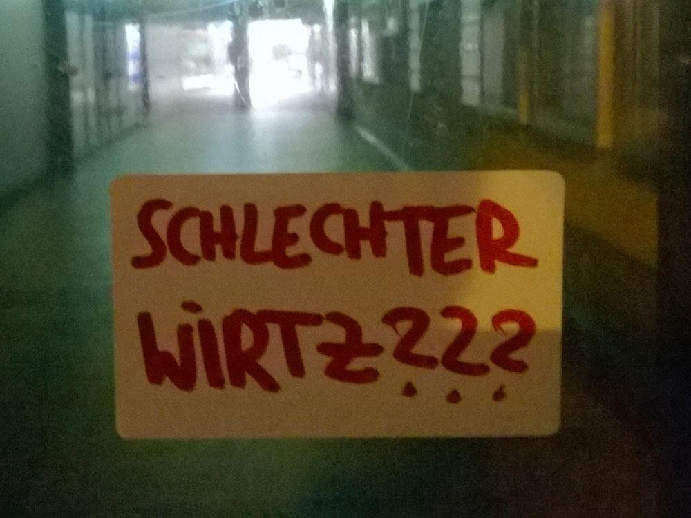 """Kunst-Performance """"Im Windschatten des Niedergangs"""" der Frankfurter Hauptschule in der Galerie Kaiser P wurde abgesagt"""
