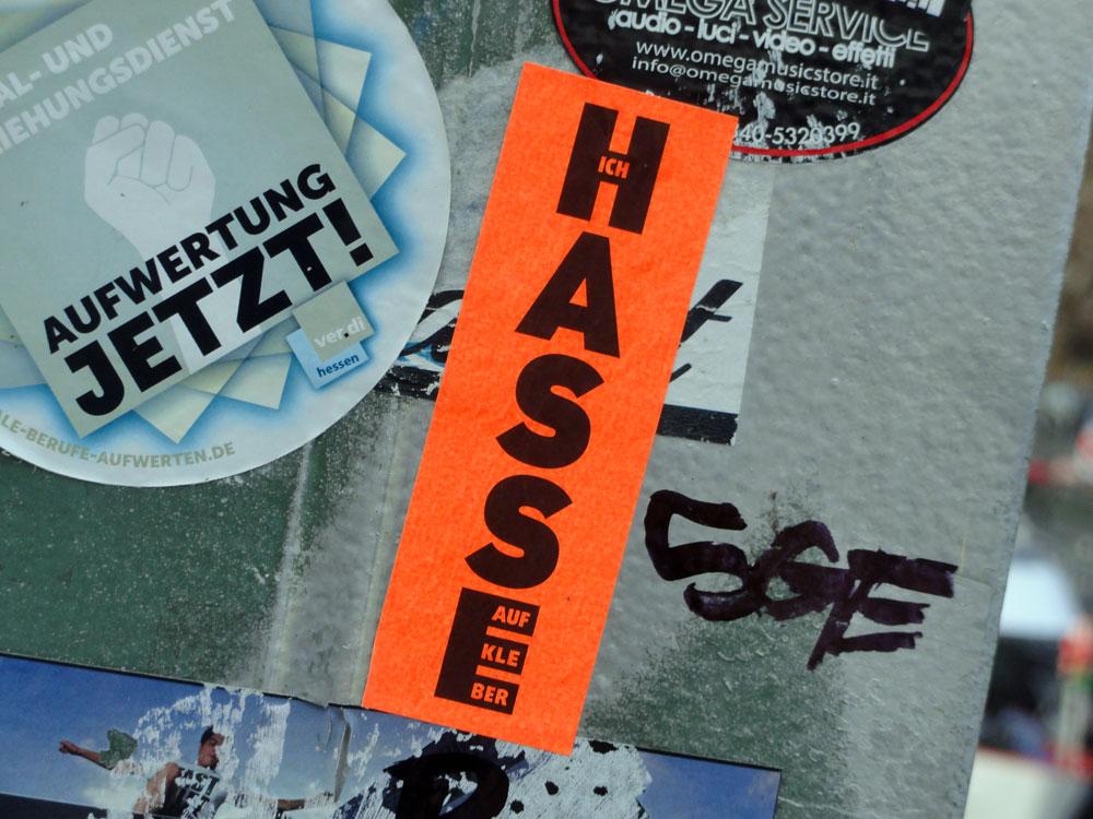 aufkleber-frankfurt-streetart-ich-hasse-aufkleber