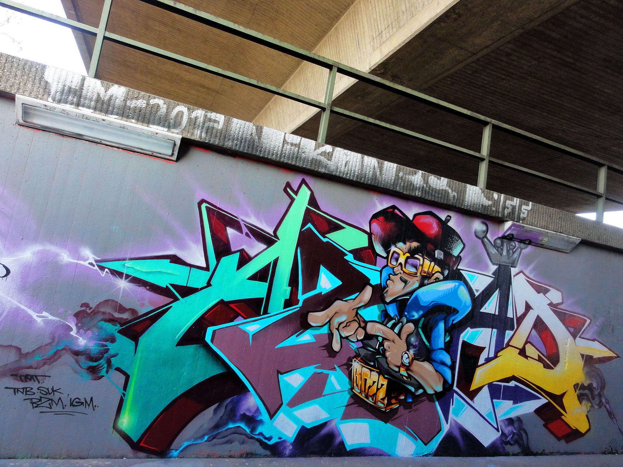 azad-leben-2-graffiti-frankfurt
