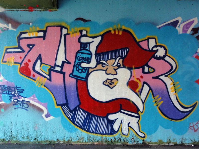 cior-xmas-graffiti-hall-of-fame-frankfurt-ratsweg-unterfuehrung