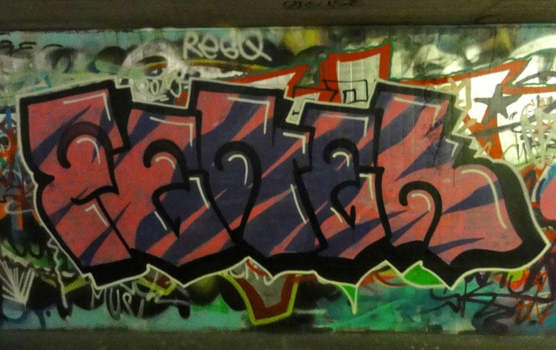 fenek-graffiti-hall-of-fame-frankfurt-ratsweg-unterfuerung-1