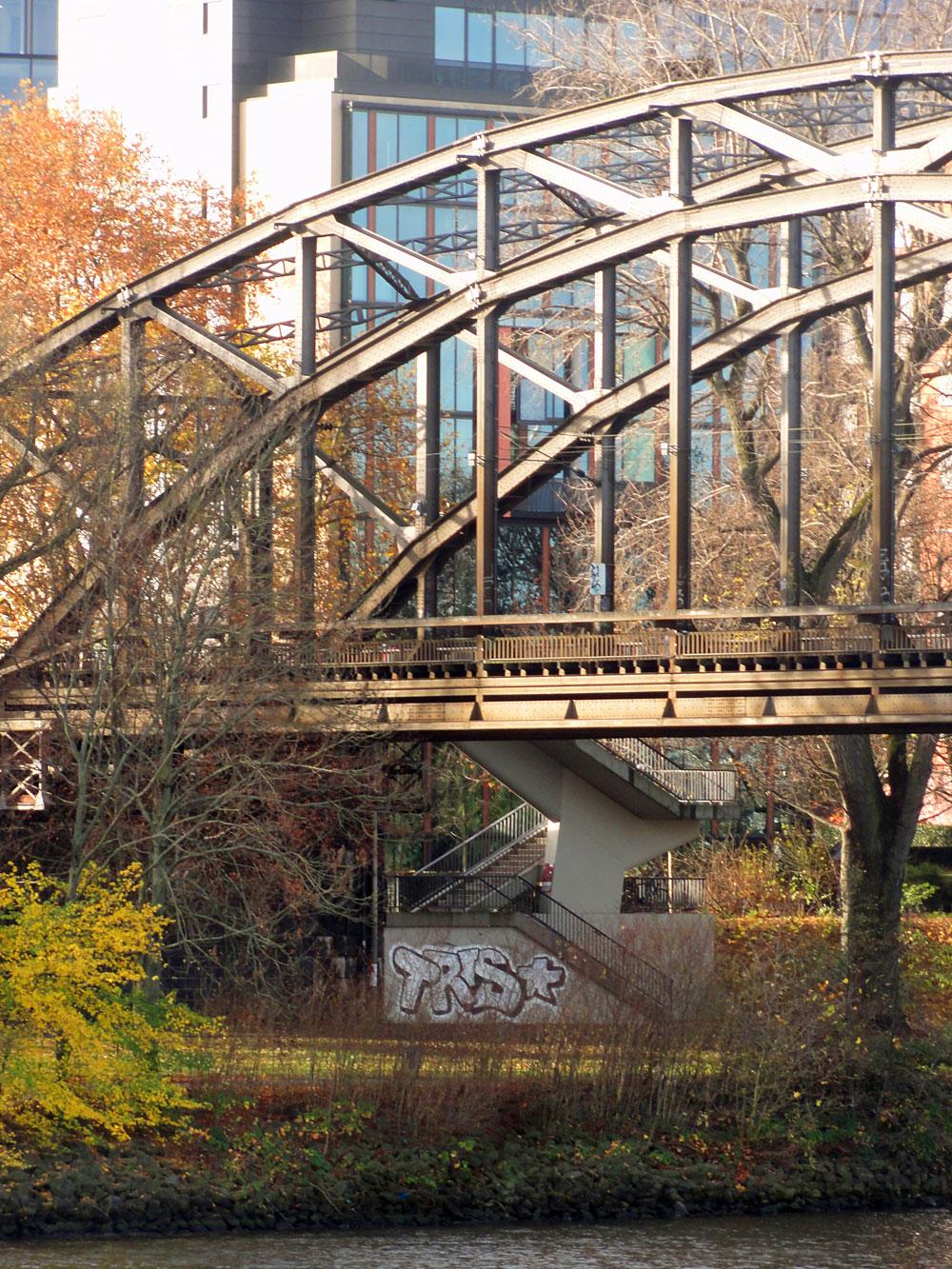 graffiti-frankfurt-tris