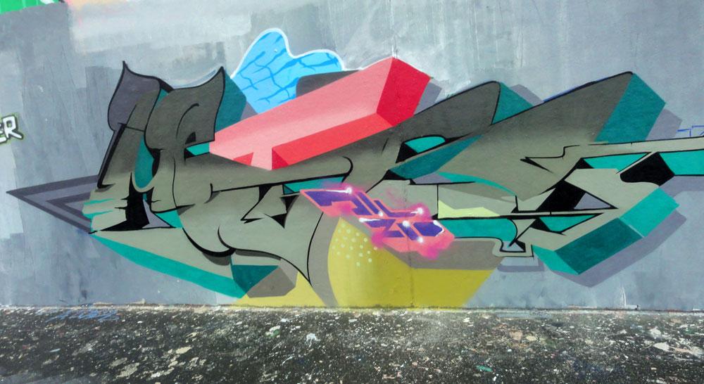 ill-zoo-crew-graffiti-hall-of-fame-frankfurt-ratsweg-unterfuehrung-