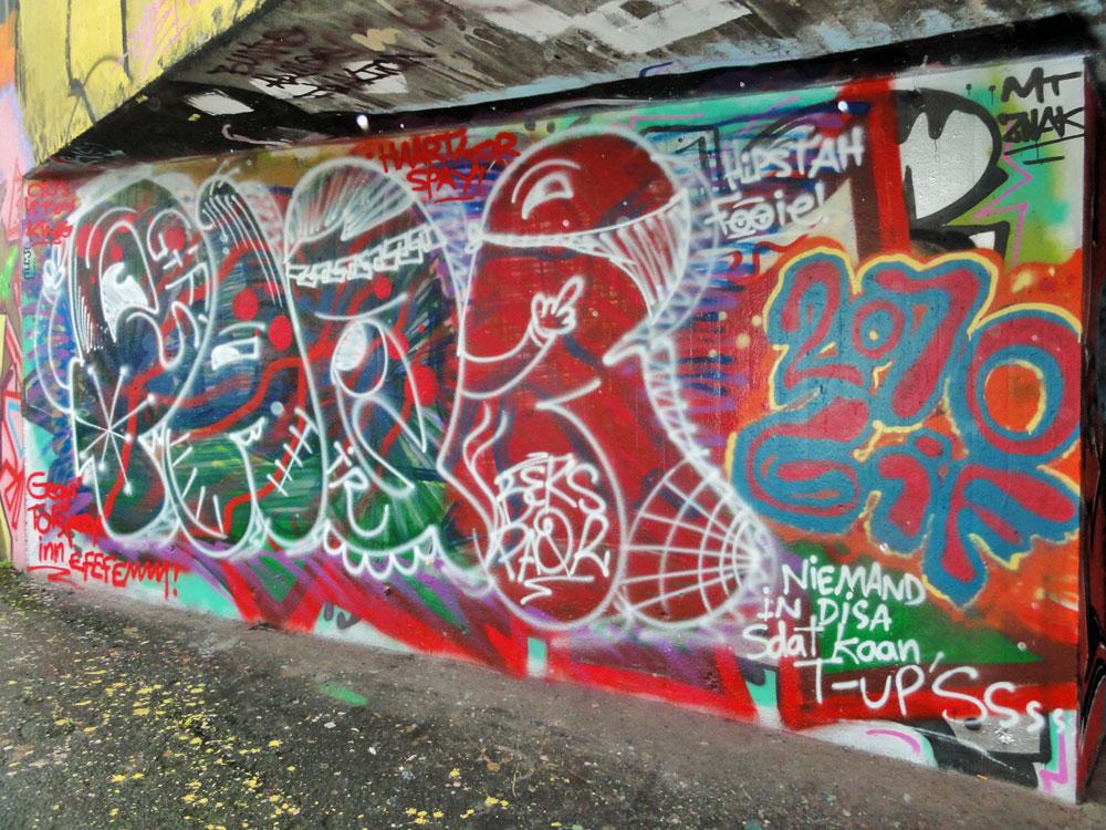 paqr-graffiti-hall-of-fame-frankfurt-ratsweg-unterfuehrung