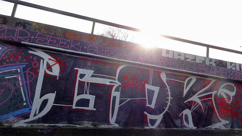 gpk-graffiti-bei-der-hall-of-fame-an-der-hanauer-landstrasse-in-frankfurt