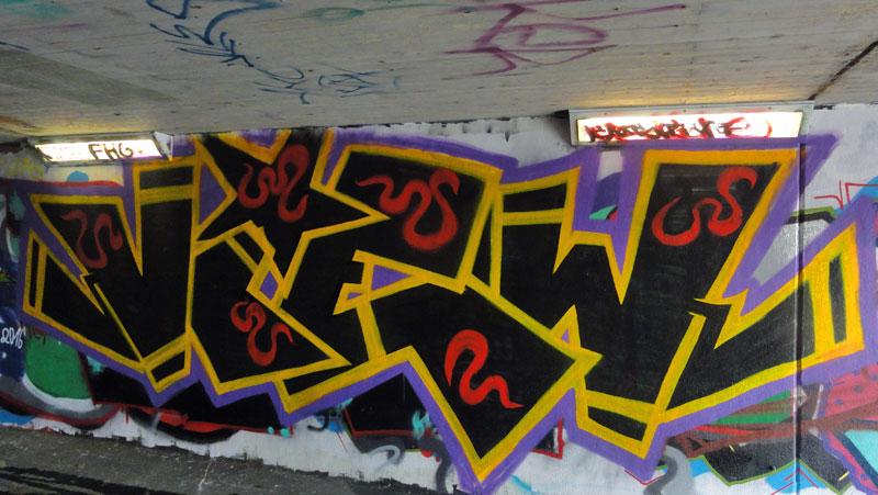 graffiti-bei-der-hall-of-fame-an-der-hanauer-landstrasse-in-frankfurt-15