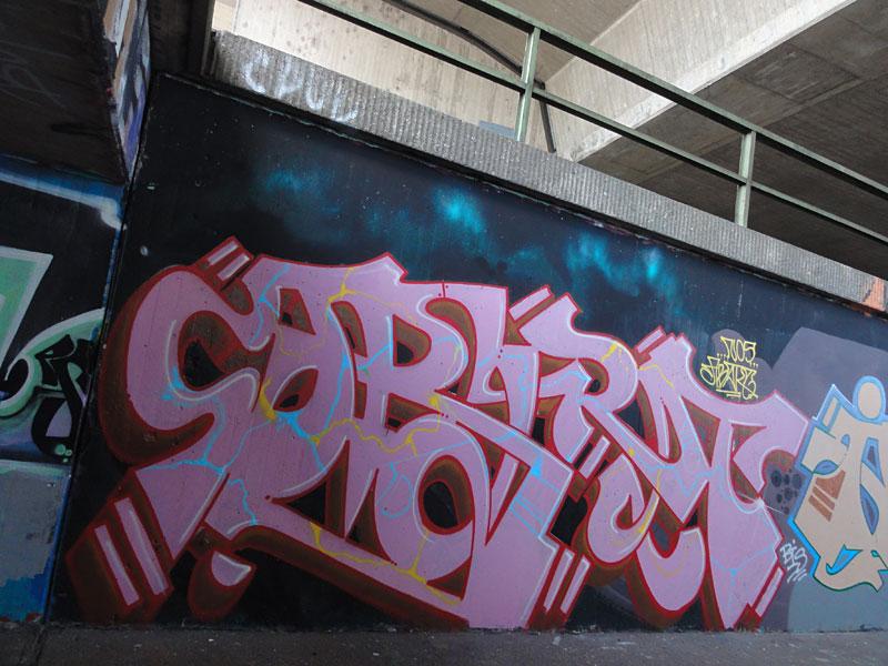graffiti-bei-der-hall-of-fame-an-der-hanauer-landstrasse-in-frankfurt-27