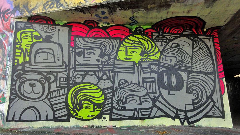 pyc-graffiti-bei-der-hall-of-fame-an-der-hanauer-landstrasse-in-frankfurt-