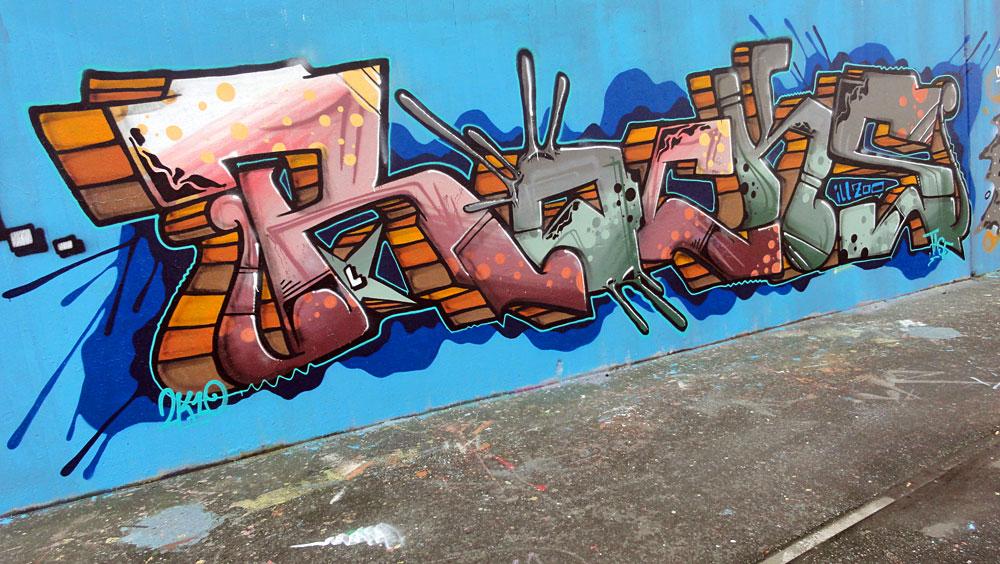 rocks-graffiti-bei-der-hall-of-fame-an-der-hanauer-landstrasse-in-frankfurt-2