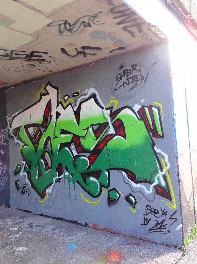toes-graffiti-bei-der-hall-of-fame-an-der-hanauer-landstrasse-in-frankfurt