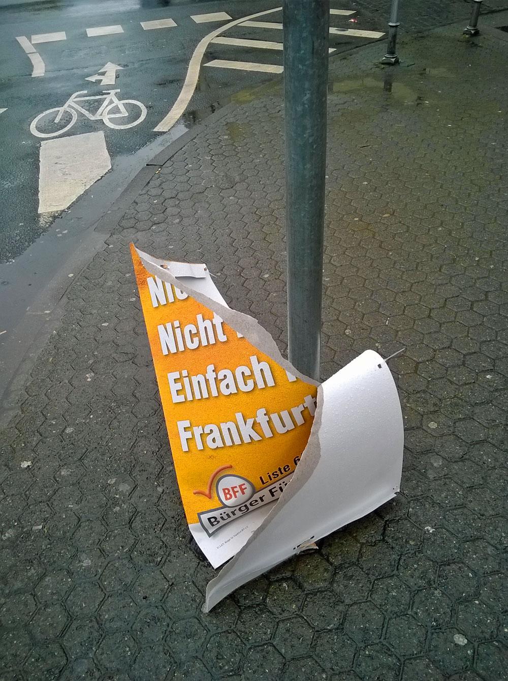bff-buerger-fuer-frankfurt-wahl-plakat-abgerissen-berger-strasse-2