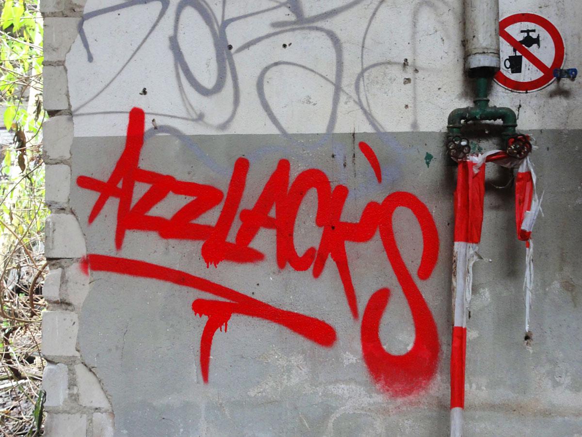 Urbex Frankfurt: Graffiti von den AZZLACKS in den Teves Werken