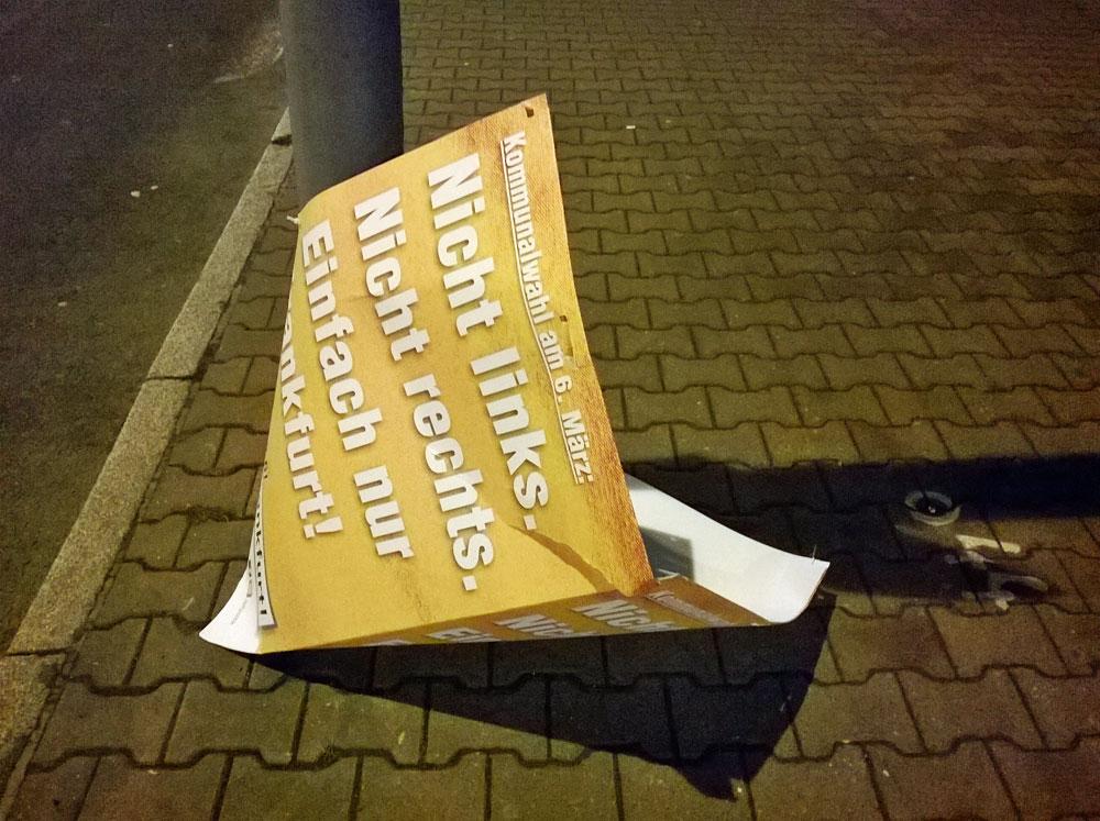 BFF Wahlplakate runtergerissen