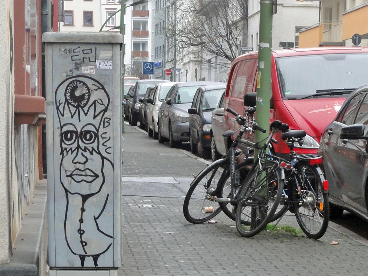 STREETART IN FRANKFURT AM MAIN VOM STREET ART KÜNSTLER BELE