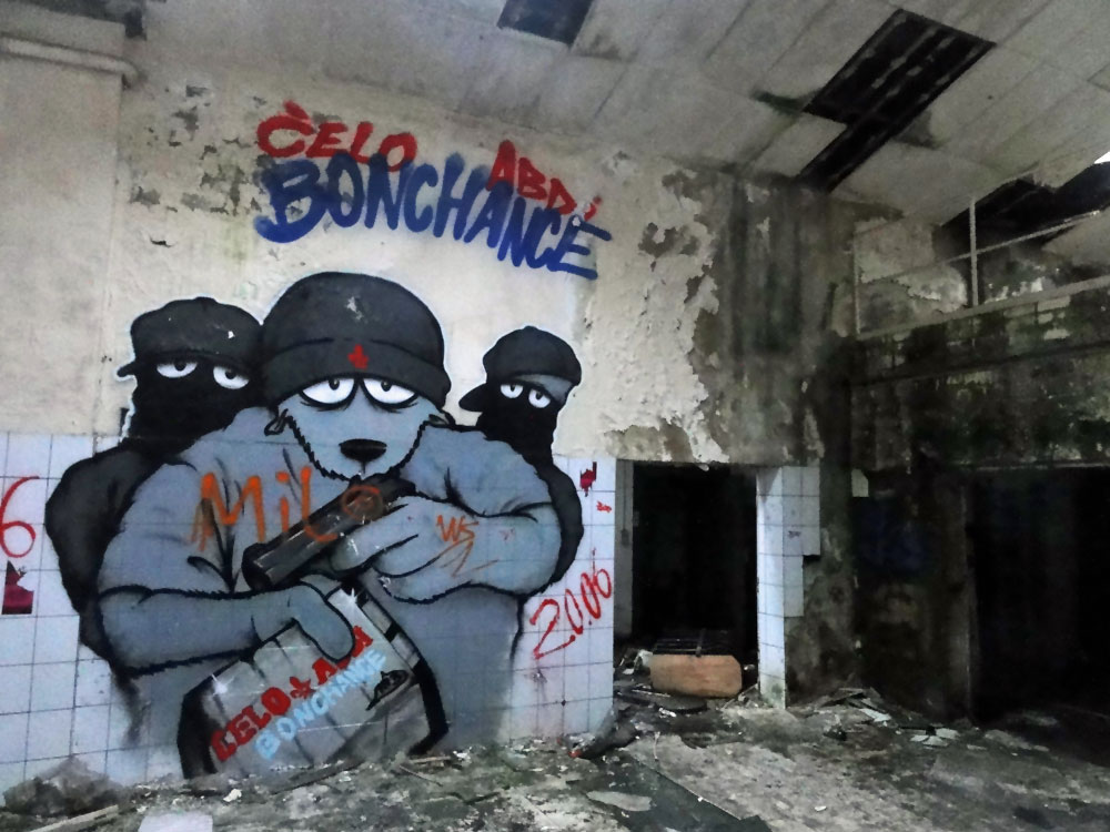 URBEX UND GRAFFITI FOTOS VON DEN TEVES WERKEN IN FRANKFURT